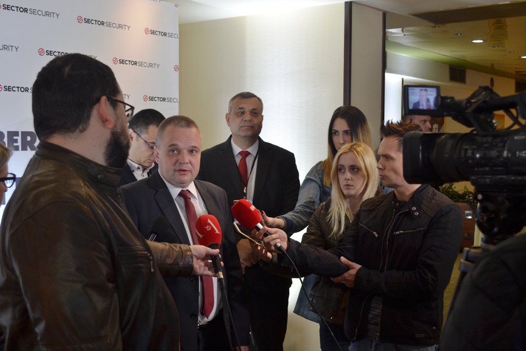 Prof. dr Nenad Putnik