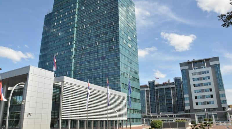 Građani konačno otplatili luksuznu zgradu Vlade RS od 219,5 ...